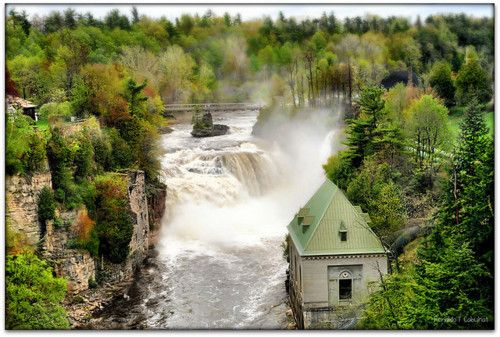 Keeseville, New York, USA Ausable Chasm (by Ronaldo Cabuhat)