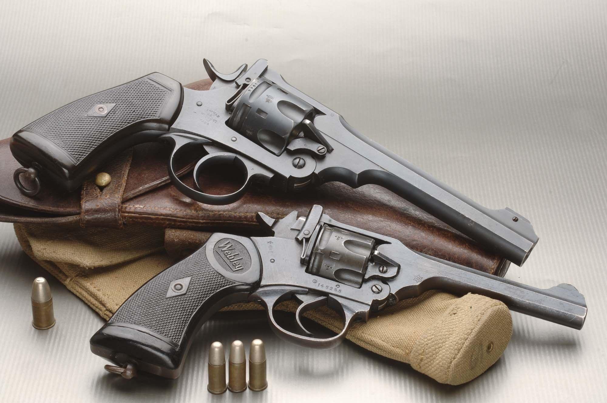 Download Wallpaper Revolver, Webley & Scott Mark IV