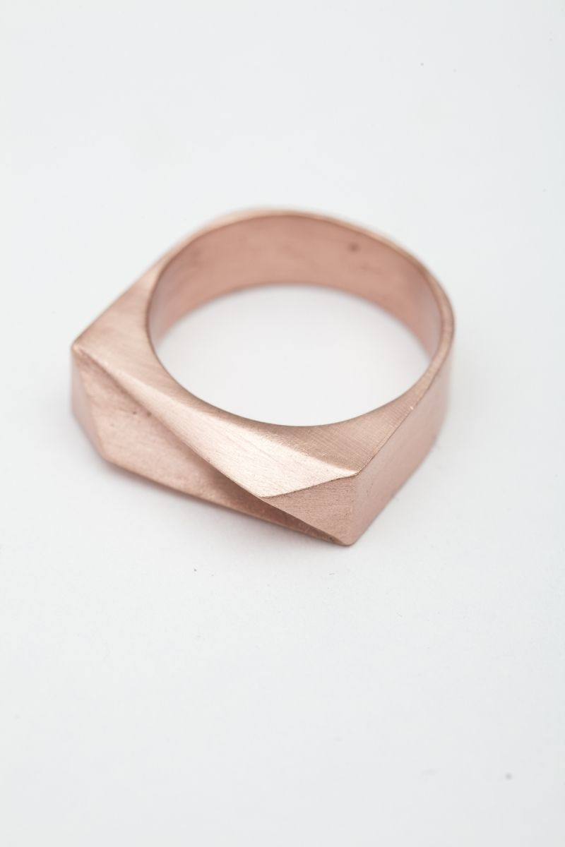 Tomtom pyramid nova ring На себя pinterest ring rose and gold