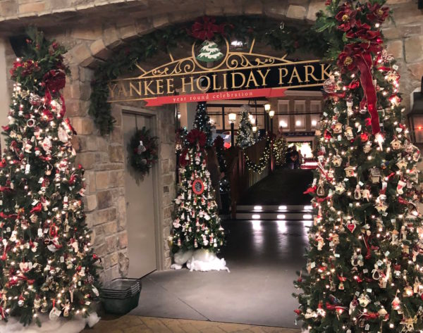 When Is Yankee Candle Village Decorated For Christmas 2020 Fall Fun Weekends at Yankee Candle Village   At Yarn's Length in