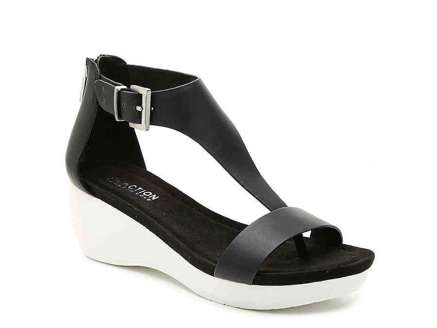 Kenneth Cole Reaction New Gal Wedge
