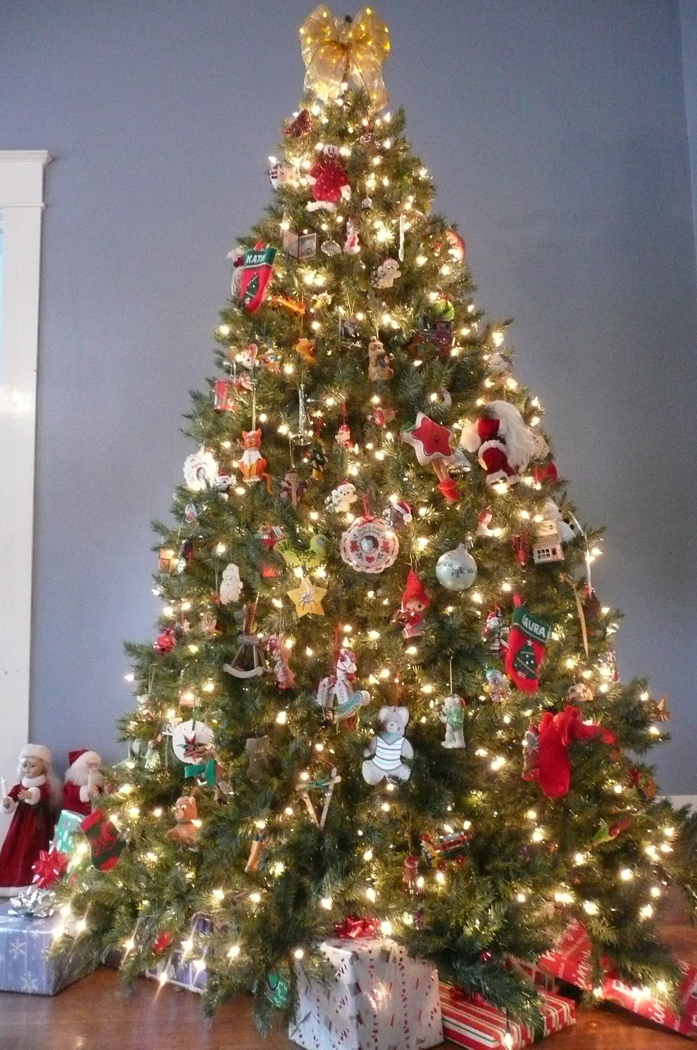 The Ideal Christmas Tree One Without A Set Theme