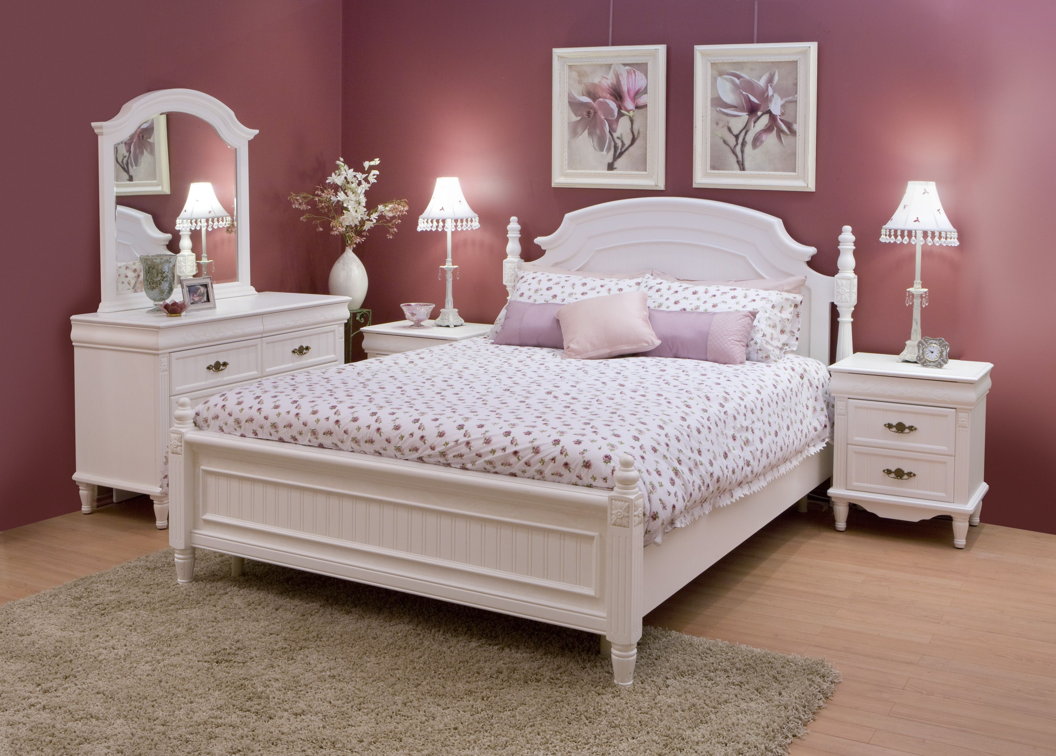 Get Inspired By The Latest Bedroom Trend: White Furniture