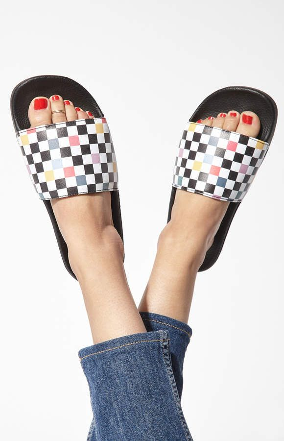 4672919b9ce Vans Women s Party Checkered Slide-On Sandals