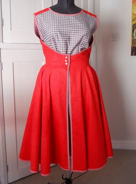 Check out my blog for tips on how to make the Great British Sewing Bee 50s wrap 'Walk Away' dress