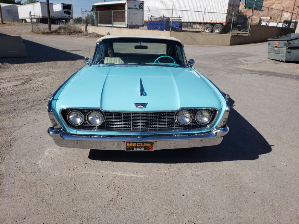 1960 Ford Galaxie Sunliner Convertible -