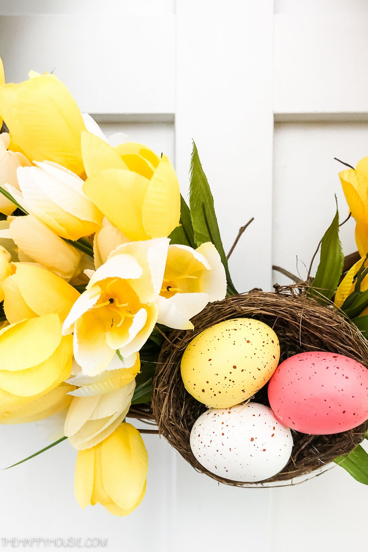 Photo of DIY Ombre Tulip Spring & Easter Wreath   The Happy Housie