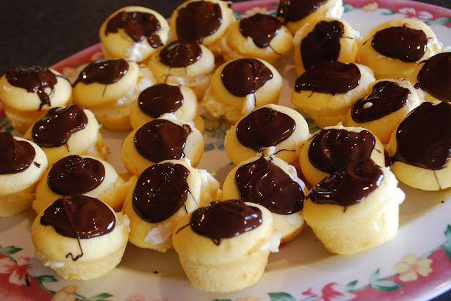 """Point-less"" Meals: Boston Cream Pie Minis...a fun treat!"