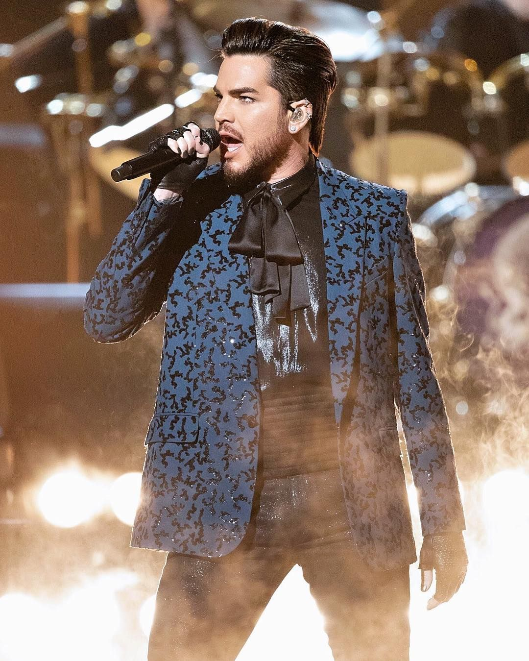 Adam Lambert Cynthia On Instagram Adamlambert More Stunning Pictures Fr Queen With Adam Lambert Adam Lambert American Idol Contestants