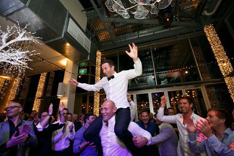A Ralph Lauren And Gucci Bride For A Surprise Jewish Wedding At Alto Melbourne Australia Smashing The Glass Jewish Wedding Blog Jewish Wedding Jewish Wedding Traditions Surprise Wedding