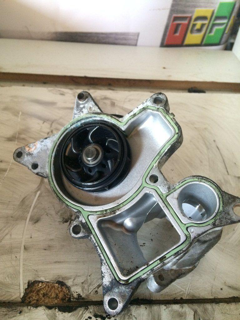 2011 N57 N57d30 Bmw 3 0 D Diesel Engine Water Pump 47384280 Bmw Water Pumps Diesel Engine