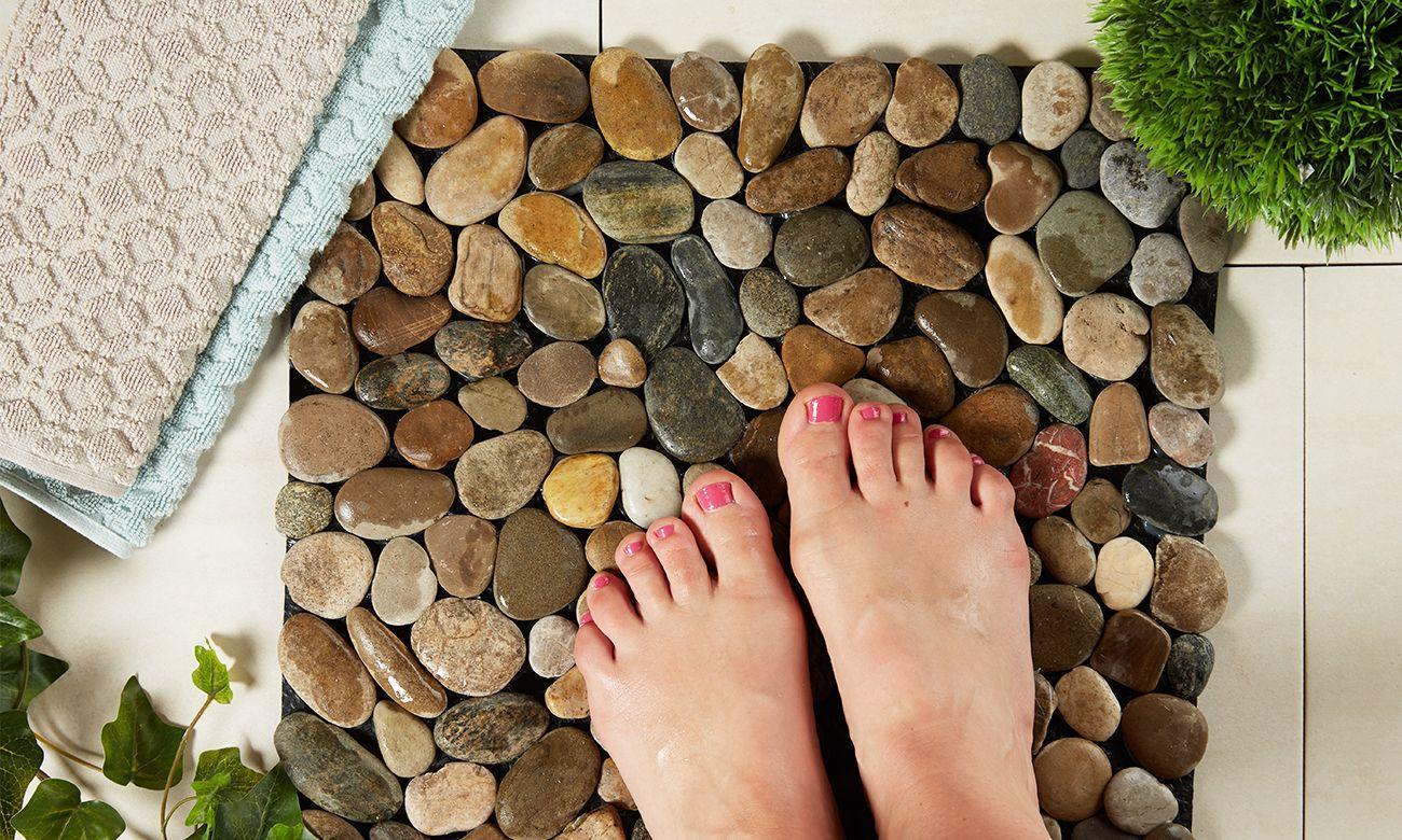 Fussmatte aus Steinen selber machen - Aber warum jetzt so eine Fussmatte teuer kaufen, wenn man sie mit wenig Aufwand ganz einfach zu Hause basteln kann.