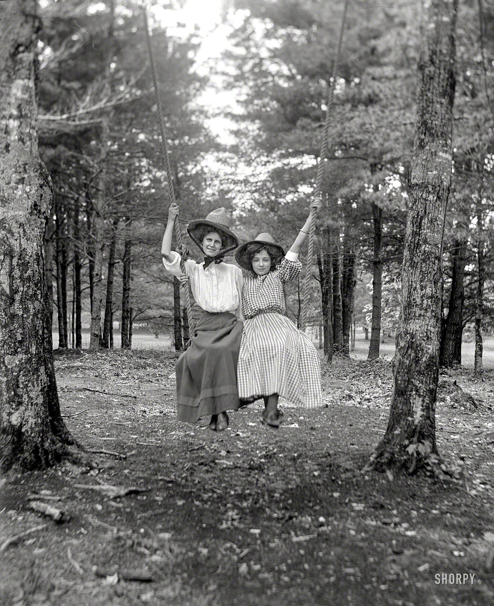 Shorpy Historic Picture Archive Swingers 1900 High Resolution Photo Photo Vintage Photos Old Photos