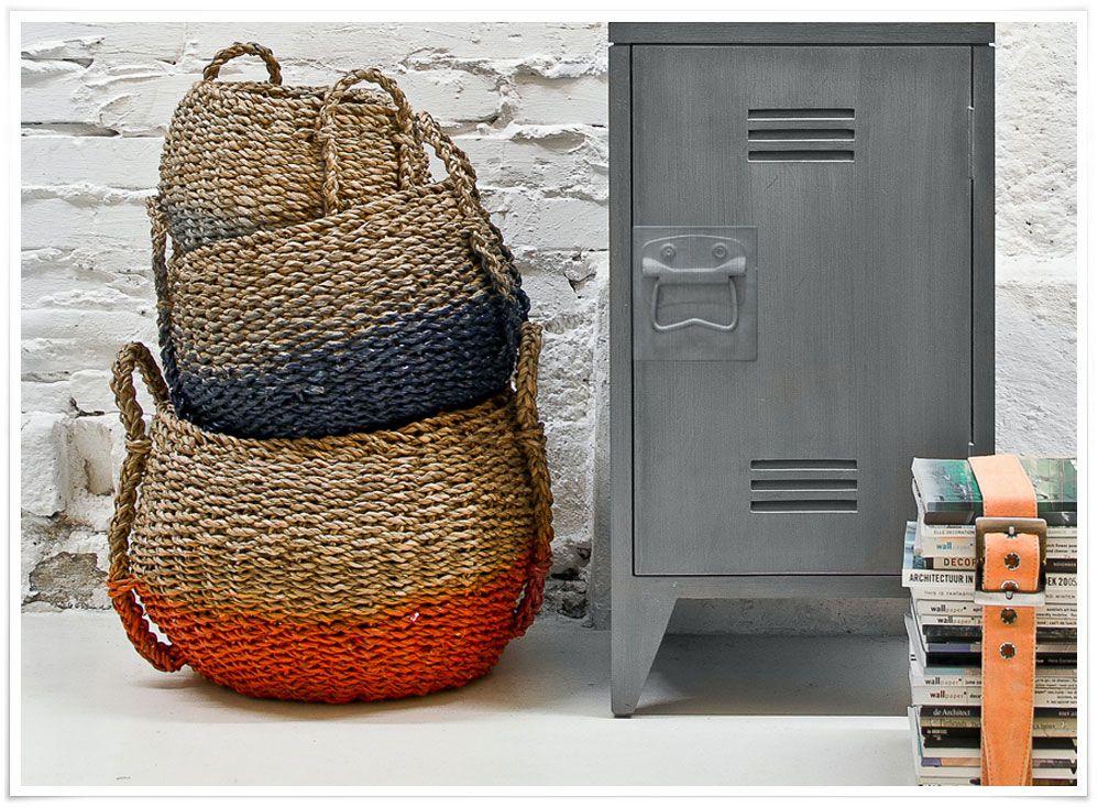 on aime ces magnifiques paniers en osier pour leur jolie rondeur et leur touche de couleur qui. Black Bedroom Furniture Sets. Home Design Ideas
