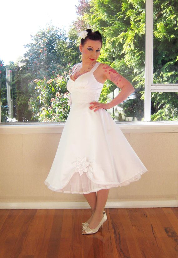 Wedding Dress 50s Rockabilly Pin Up Full Skirt Style Organza Petticoat And Satin Flowers On Centres Tea Length Custom Made To Fit