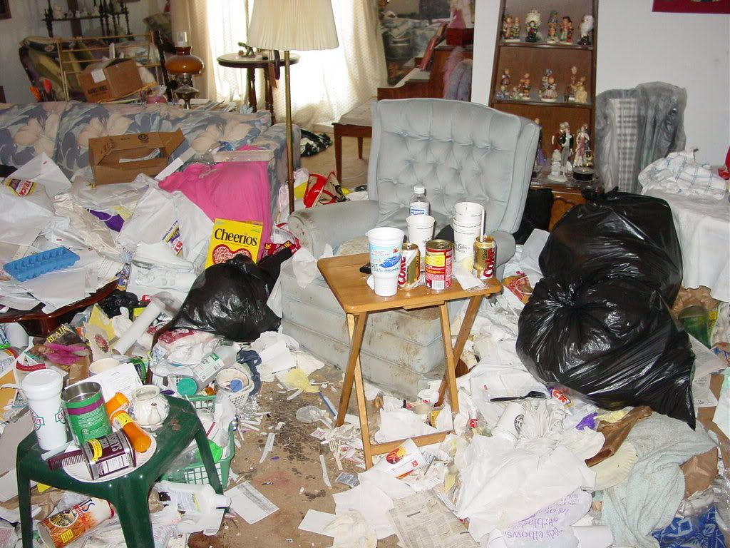 Amazing Pin On Hoarders From Hell Home Interior And Landscaping Spoatsignezvosmurscom