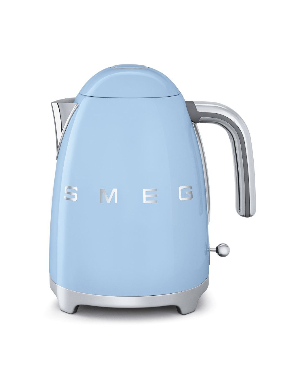 Add A Retro Touch To Your Kitchen With The Smeg Kettle In Pastel Blue.