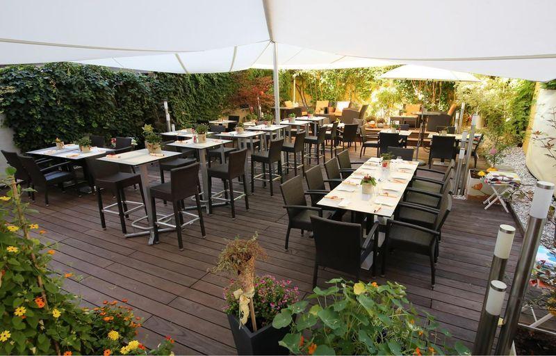 Cafè Bar Glüxfall in der Salzburger Altstadt Café bar