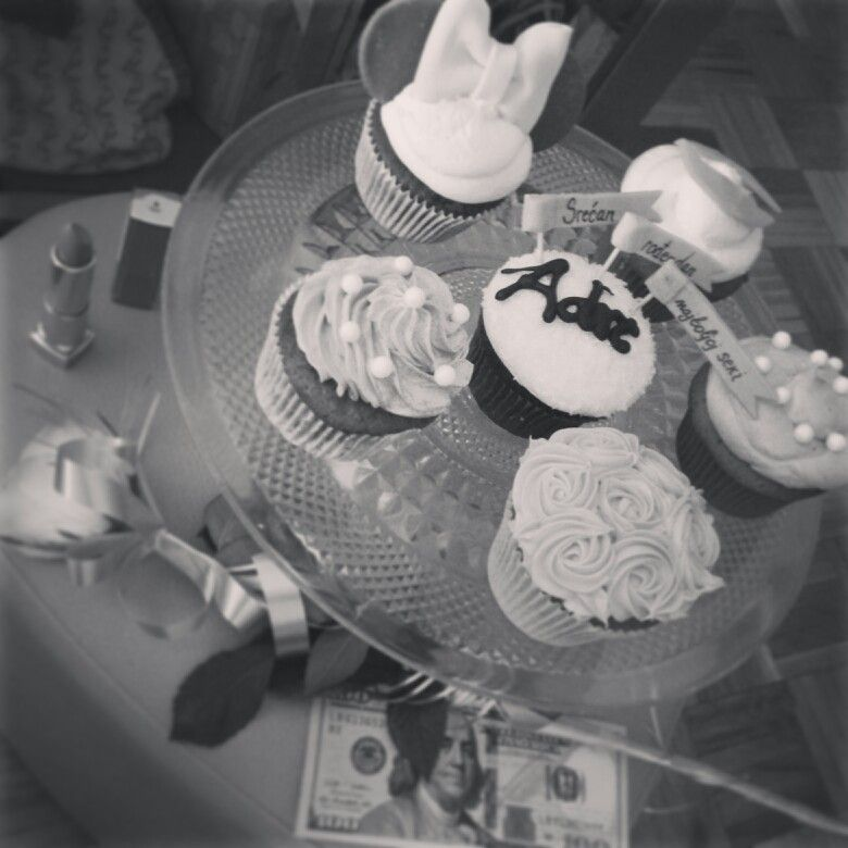 Happy 26th birthday to my dear sister Adrijana!