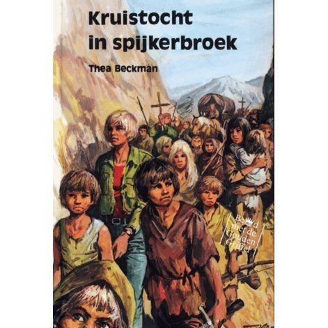 De zestienjarige Dolf uit Amstelveen geeft zich op als proefkonijn: hij zal door een materie-transmitter teruggeflitst worden naar de Mid...