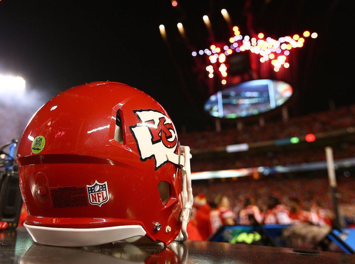 Kansas City Chiefs (@Chiefs)   Twitter   sports   Pinterest