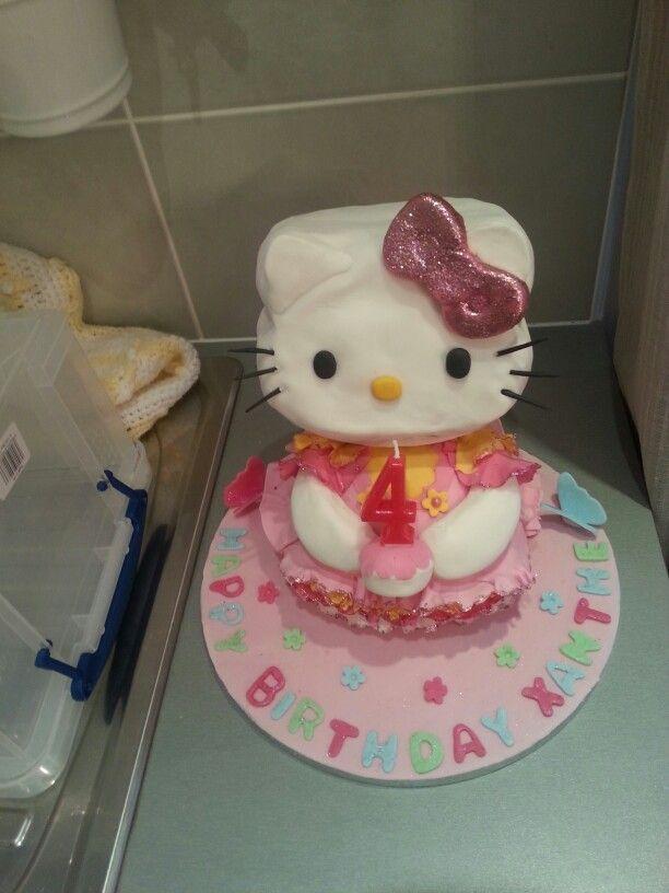 Hello kitty cake 3d