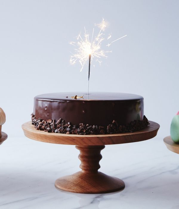 Behind—or beneath, we should say—every great cake is a great cake stand. A beautiful or interesting piece can work wonders. We love Herriott Grace's hand-turned wood and hand-cast porcelain pedestals, which are always one-of-a-kind and come in different shapes, sizes, and colors.