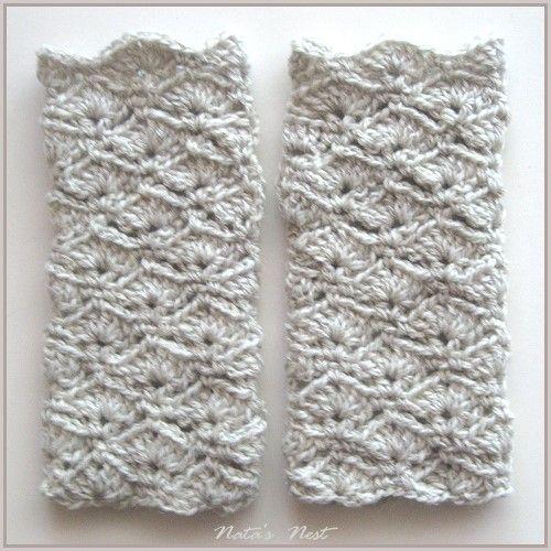 Natas Nest: Fingerless Crochet Gloves in Shell Stitch – Fingerlose ...