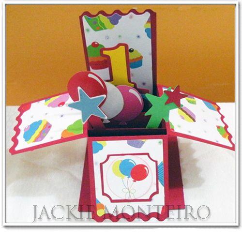 Centro de mesa - tema Aniversário de 1 ano - Papéis Scrap Jackie coleção Aniversário by Jackie Monteiro - venda das peças e papéis pela loja virtual www.scrapjackie.com