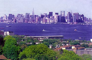 View Of Manhattan From Wagner College Dorms Dream College American Colleges New York City