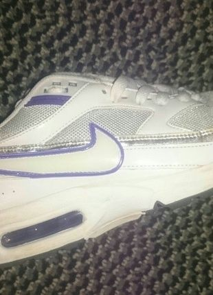 Nike Airmax in weiß lila | lll MUST HAVES lll | Turnschuhe