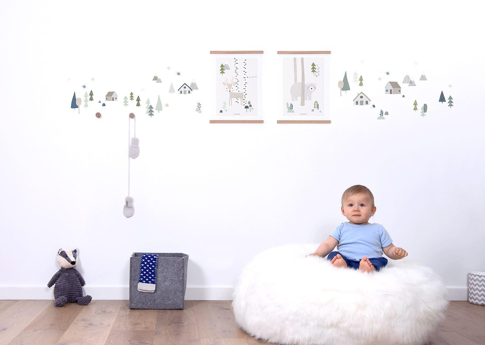 Subtilūs miško akcentai padės sukurti pasaką ant vaiko kambario sienų. 🌳🏡🦌🧸🌲 #sienulipdukai #lipdukaieu #miskas #pasaka #vaikokambarys #walldecals #decokids #babyroom #kidsroom #kidsdecor #childrenroom #walldecal #wallsticker