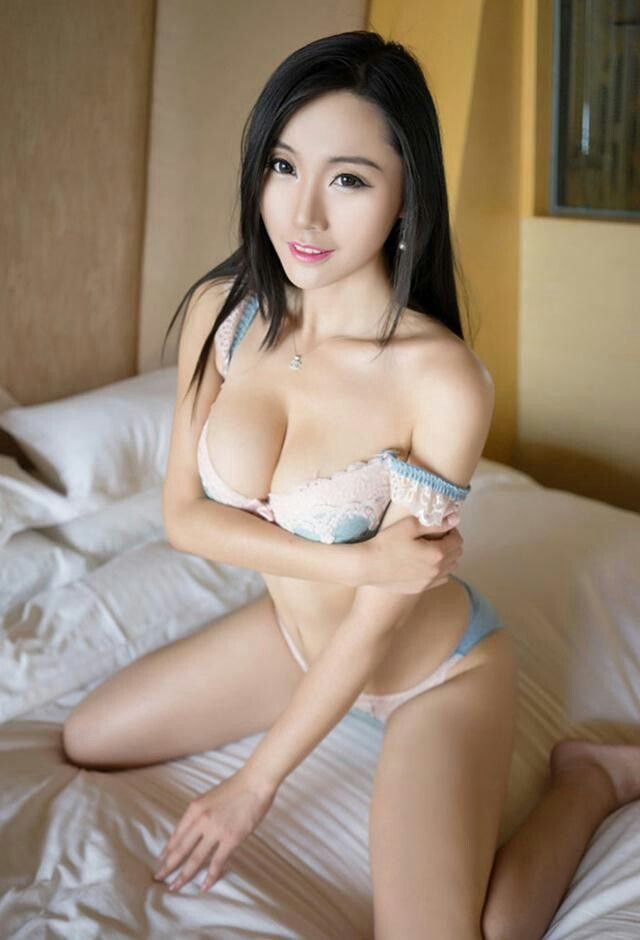 chinese beautiful girls undress photo