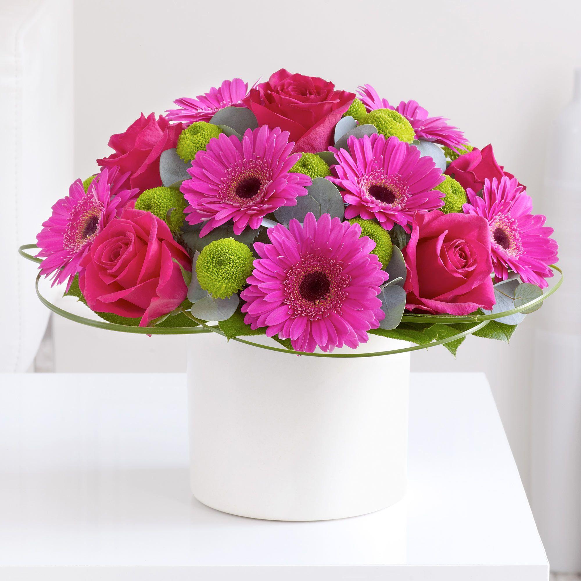 Flower Arrangements El Paso: This Pink Germini And Rose Arrangement Would Look