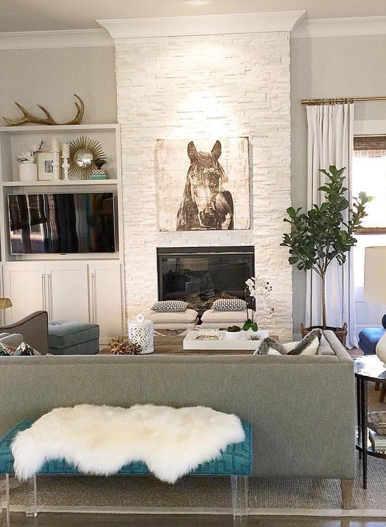 Style Tip Make Use Of Clean Textural Es Like Over Your Fireplace By Hanging Art That Speaks To You Photo Via Interiorsbyzdesign
