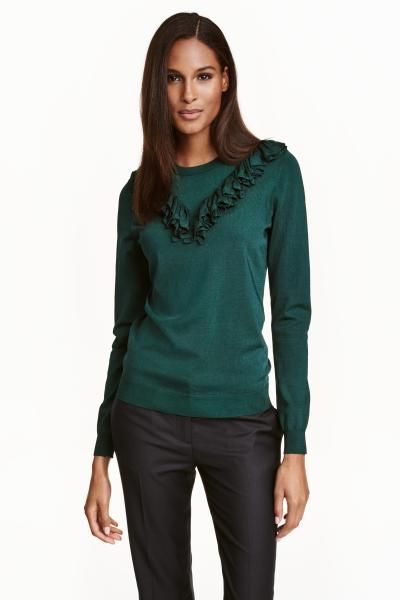 Fine-knit jumper with a frill | H&M