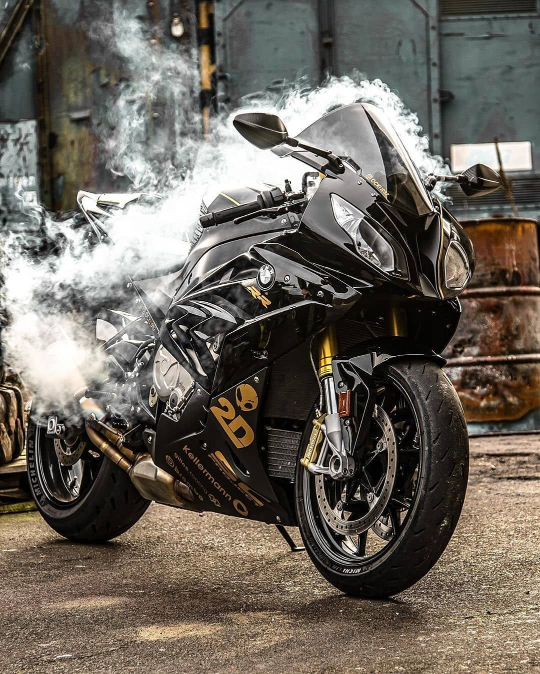 Bmws1000rr Black In 2020 Bmw Motorcycle S1000rr Bmw Motorbikes Upcoming Cars