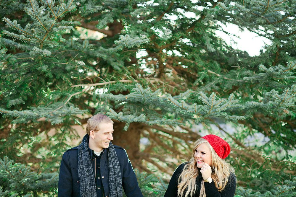 Cute poses for anniversary couples photography how to take