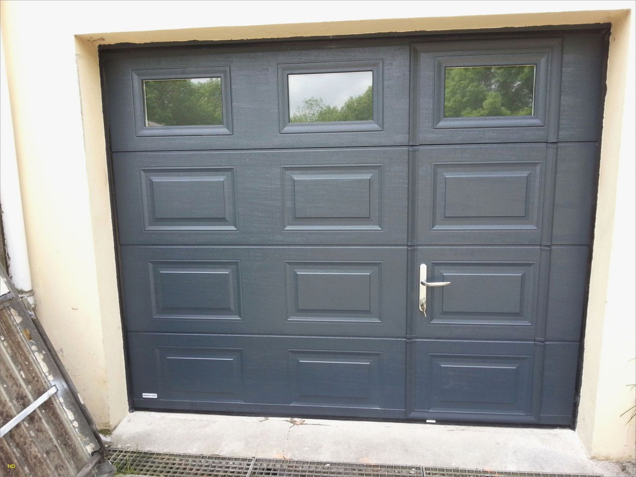 Epingle Par Kilromiche Romy Sur Bricolage En 2020 Porte Garage Porte De Garage Sectionnelle Isolation Porte