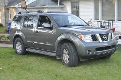 Nissan Pathfinder Offroad Pictures | 2005 Nissan Pathfinder SE Off Road  Sport Utility 4 Door 4.0L For Sale .