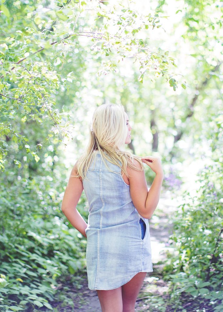 Gorgeous chambray denim dress with pockets.