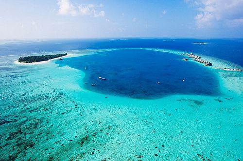 Angsana-Velavaru-Maldives-01-1150x766