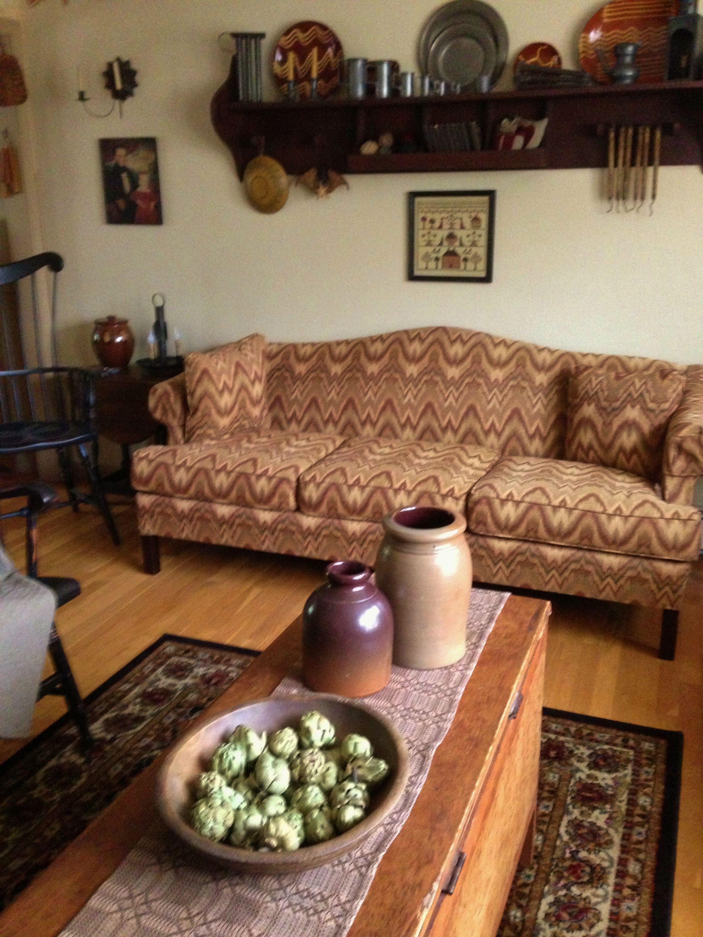 Primitive living room furniture - Primitive Country