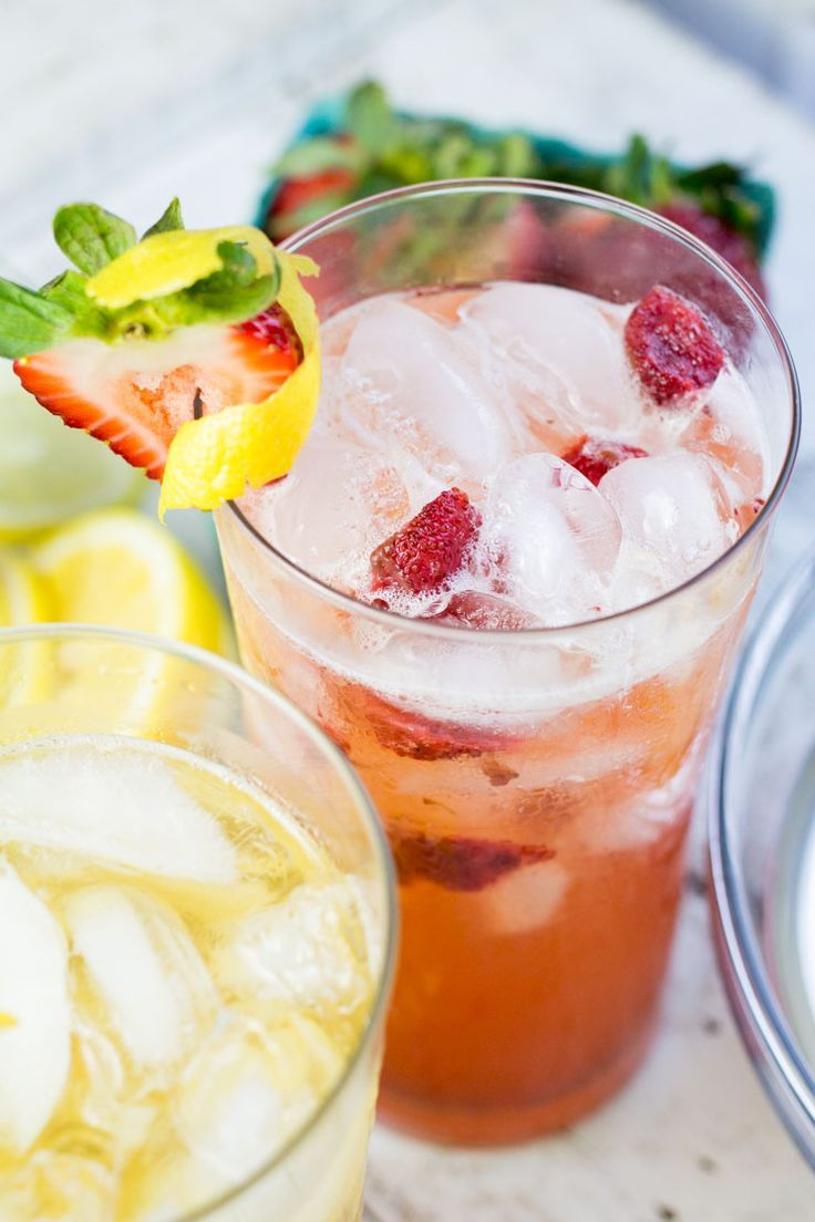 Strawberry Bourbon Lemonade #strawberry #bourbon #cocktail