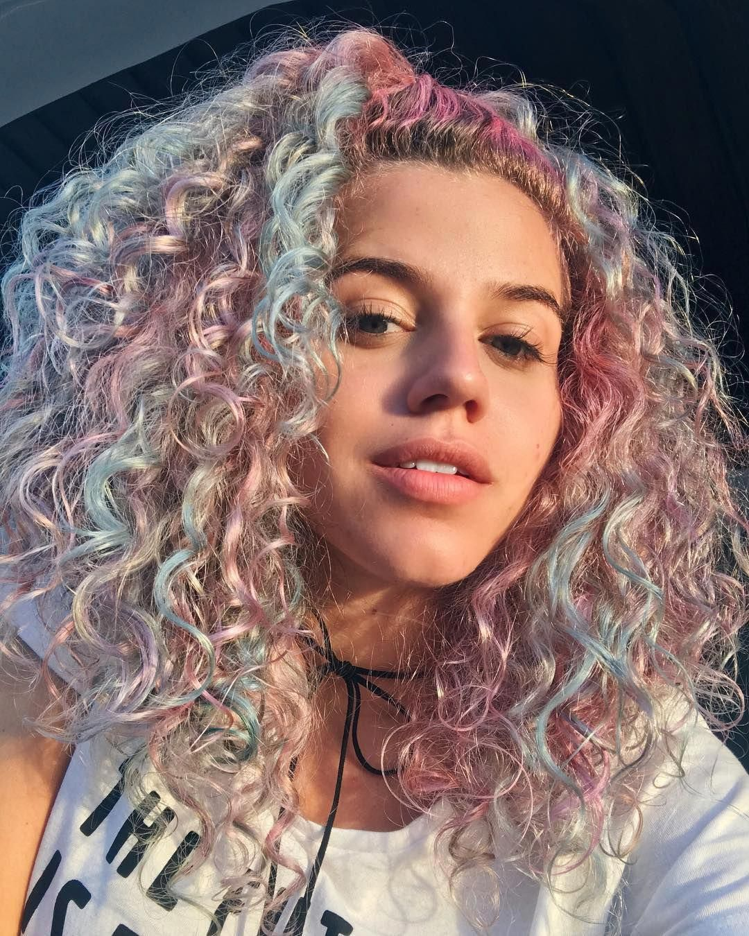 Hairstyle For Curly Hair Female Hairstyles For Long Hair How To Do Your Curly Hair 20190520 Hair Styles Hair Inspo Color Curly Hair Styles