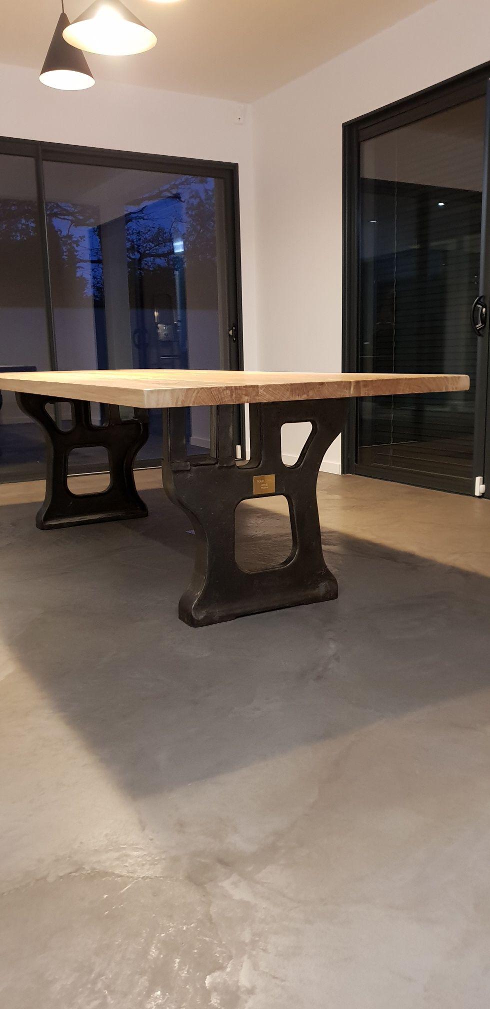 Table Industrielle Pieds Anciens En Fonte Table De Salle A Manger Table Salle A Manger Salle A Manger Industrielle Decoration Maison