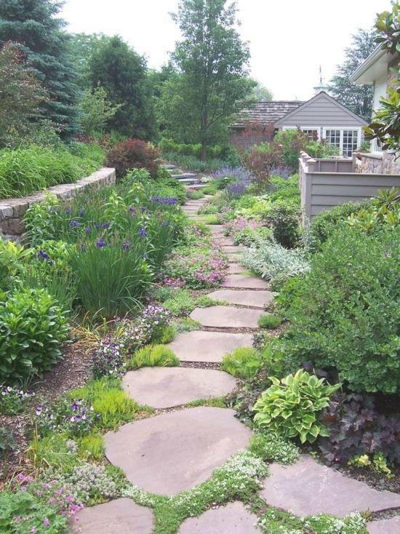 Gartenweg Anlegen U2013 109 Gestaltungsideen Mit Spannungsvollen Effekten At  Best Garten Ideen Wege Im Garten Gestalten
