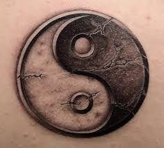 Resultado de imagem para ying yang tattoo