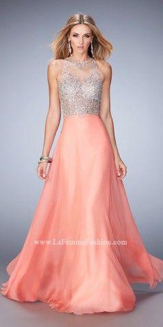 159079fd86d Elegant   Sophisticated Prom Dresses   Evening Gowns