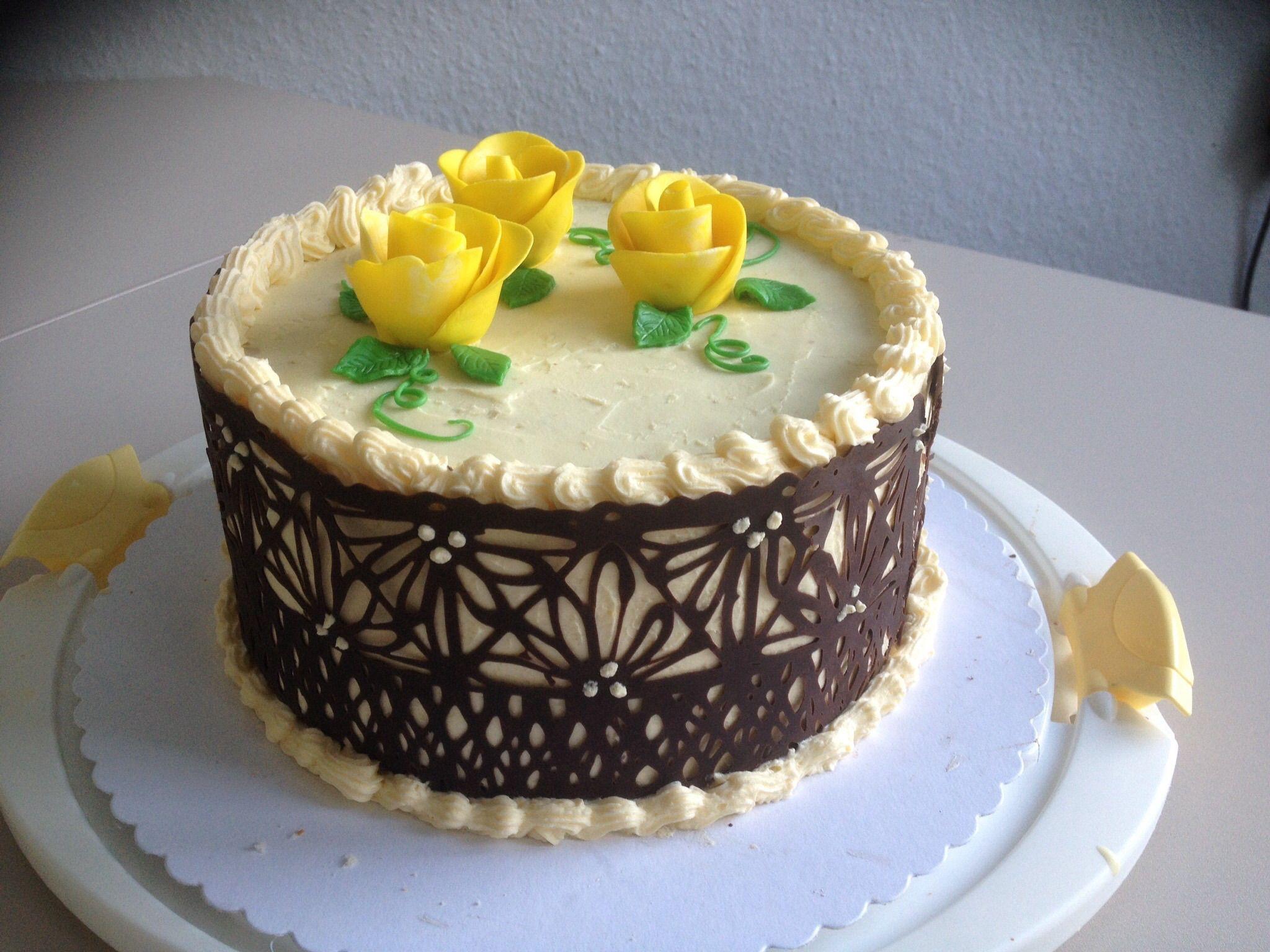 Geburtstagstorte Buttercreme mit Schokoladendeko